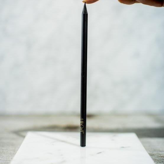 ołówek packshot